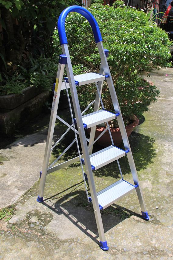 thang nhôm ghế tay vịn kiểu Đức NIKITA DL04