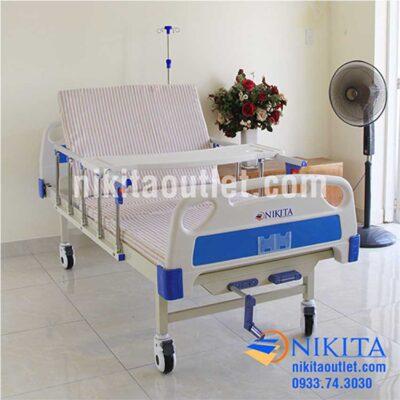 So sánh giường bệnh nhân 3 tay quay NIKITA DCN03 và NIKITA DCN02
