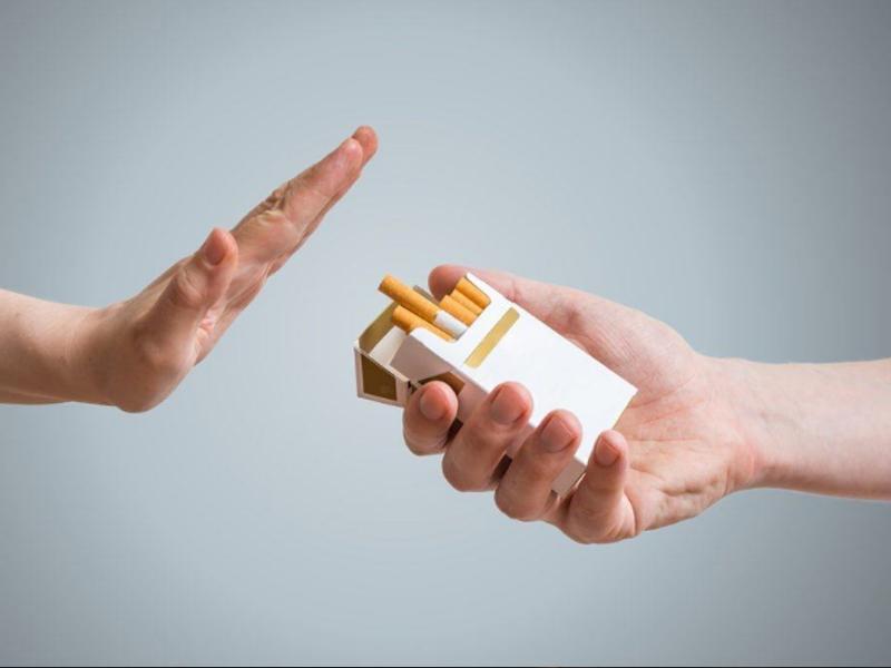 giường cho bệnh nhân tai biến - Tránh hút thuốc